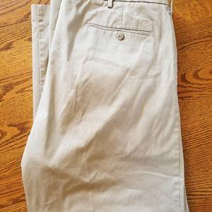 Dockers mens khaki pants W42 L30
